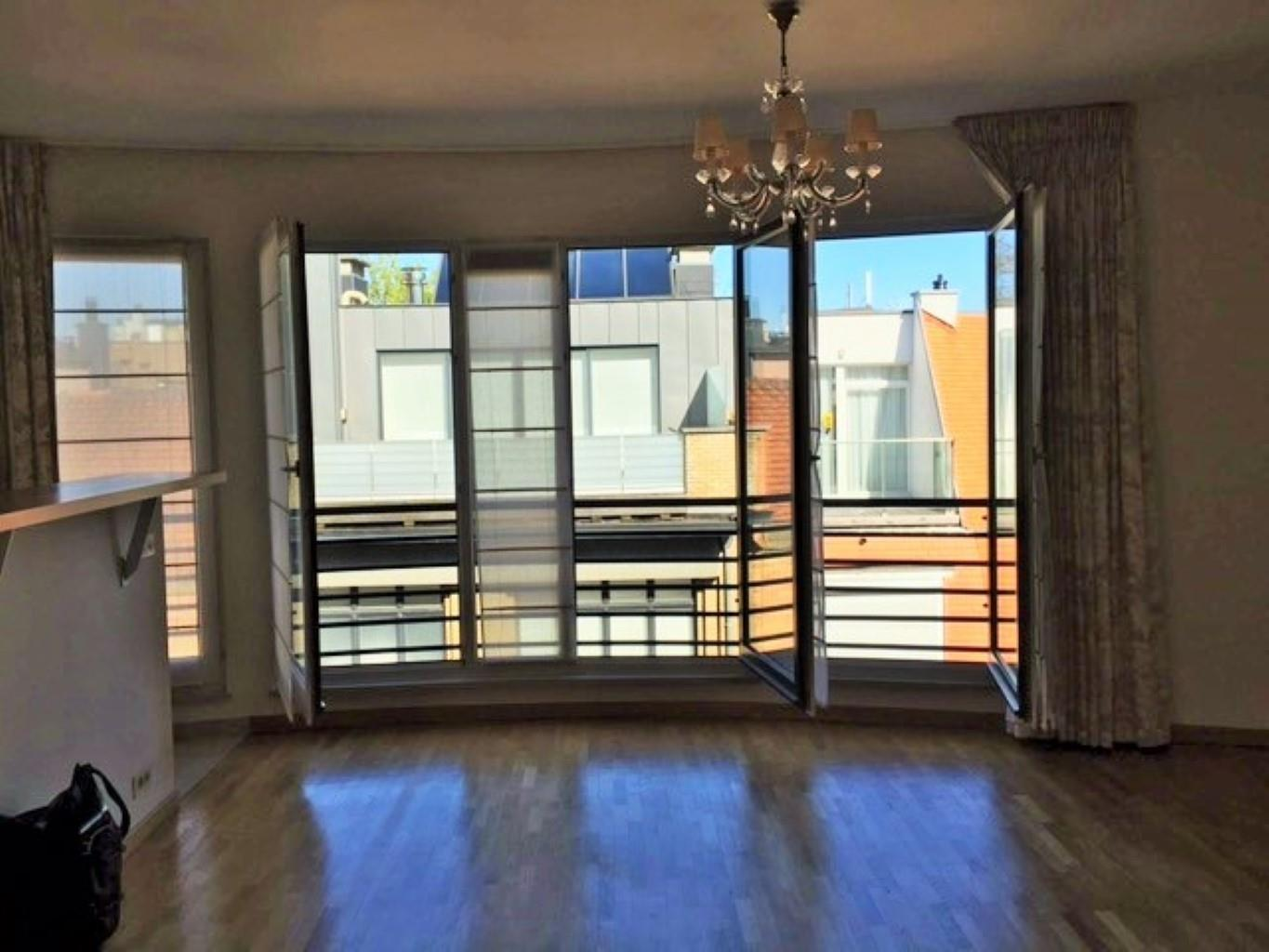 Appartement - Uccle - #2443159-1
